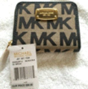 Michael Kors Authentic MKors Tan Zip Around with Black Logo Small Wallet