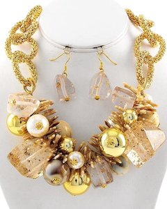 Gold & Cream Necklace & Earring Set
