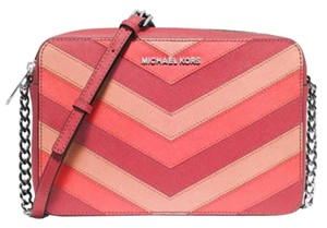 Michael Kors Jet Set Large Chevron Cross Body Bag