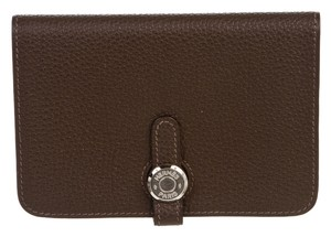 Hermes Hermes Brown (Terre) Clemence Dogon Compact Wallet