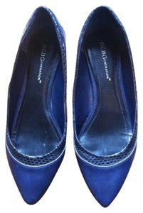 BCBGeneration Faux Snake Pointy Navy Flats