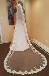 Cathedral Veil With Corded Alencon Lace Metal Wire Comb 1 Tier