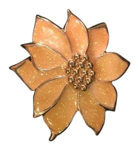 Other Vintage dogwood brooch/pendant
