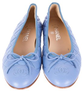 Chanel Round Toe Interlocking Cc Ruffle Cap Toe Quilted Blue Flats
