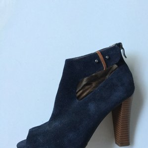 Ann Taylor LOFT Blue Pumps