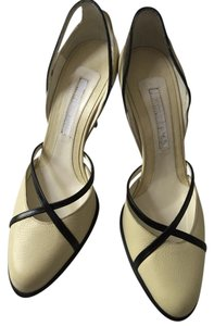 Narciso Rodriguez cream & black Pumps