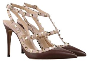 Valentino Rockstud Rockstud Brown and Gold Pumps