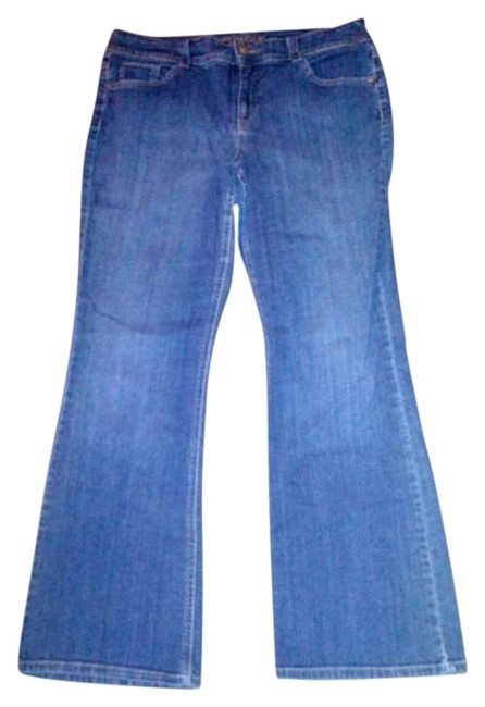 Preload https://img-static.tradesy.com/item/160439/charter-club-medium-wash-boot-cut-jeans-size-35-14-l-0-0-650-650.jpg