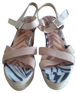 Matiko Black Brown Nude White Wedges