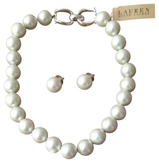 Item - White Stunning Pearl Necklace & Rarrings