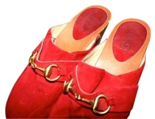 Preload https://item2.tradesy.com/images/gucci-red-vintage-slip-on-classic-mulesslides-size-us-55-160451-0-0.jpg?width=440&height=440