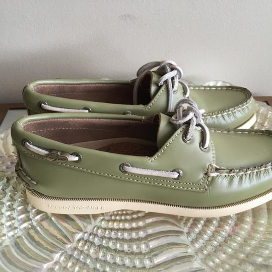 Sperry Green Flats Image 1