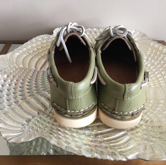 Sperry Green Flats Image 2