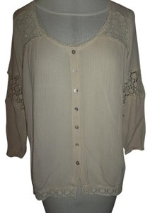 Maurices Small Lace Inserts Baggy Look Wrinkle Fabric Button Down Shirt Cream