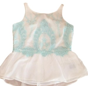 Dolce Vita Top White with green/blue details