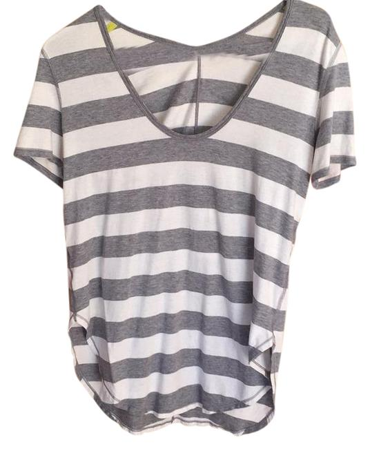 Item - Bold Stripe Heathered Gray and White Yogini 5 Year Sleeve Activewear Top Size 4 (S, 27)