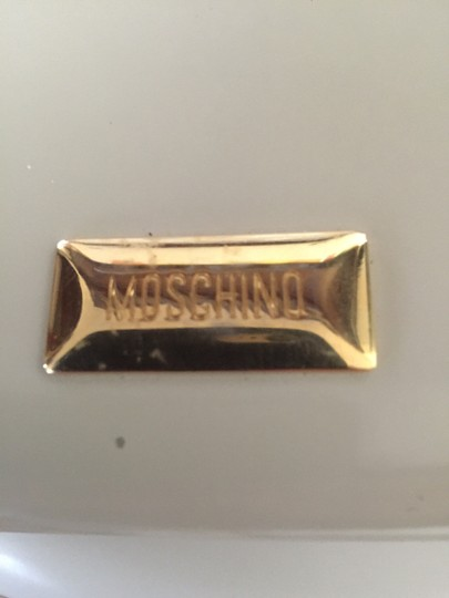 Moschino Wallet used in good condition Image 3