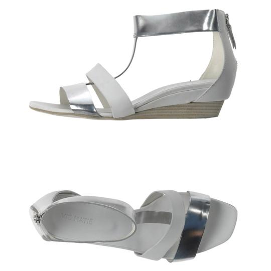 Vic Matié Leather Cut-out Open Toe Wedge Metallic Off-white/Silver Sandals Image 2