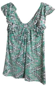 INC International Concepts V-neck Soft Machine Washable Top Green Patterned
