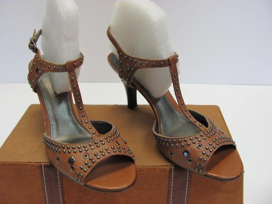 Antonio Melani Leather Upper Size 8.00 M Leather Soles New Excellent Condition Brown, Sandals Image 1