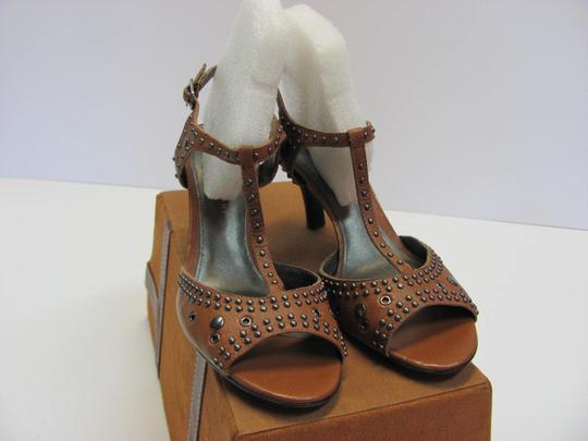 Antonio Melani Leather Upper Size 8.00 M Leather Soles New Excellent Condition Brown, Sandals Image 2