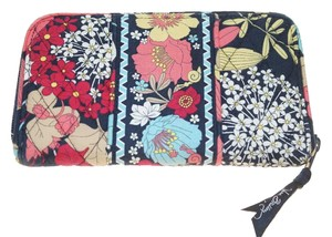 Vera Bradley Vera Bradley Organizing Organizer Zip Wallet Credit Card Holder Change Purse 8x4.5""