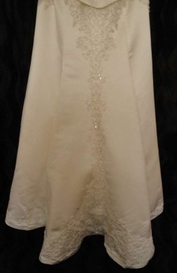 Eden Ivory Royal Duchess Satin Style # Sl018 Formal Wedding Dress Size 8 (M)