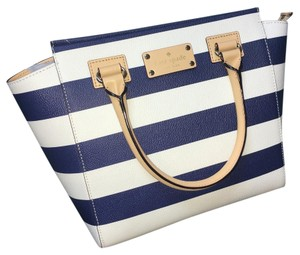 Kate Spade Satchel in Navy/White