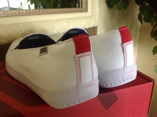 FitFlop Canvas Slip On Comfort White Athletic Image 2