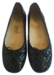 Preview Collection Black Flats