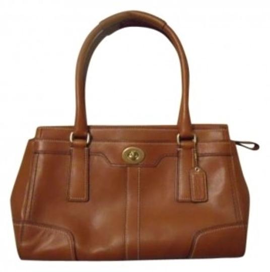 Preload https://img-static.tradesy.com/item/160523/coach-tan-leather-satchel-0-0-540-540.jpg