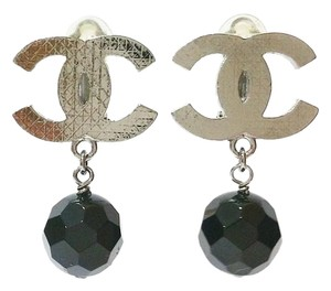 Chanel Authentic Chanel Silver Plaid CC Black Bead Clip on Earrings