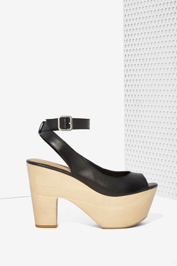 Nasty Gal black Pumps Image 2