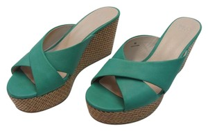 Simply Pelle New Size 9.00 M Excellent Condition Aqua Wedges