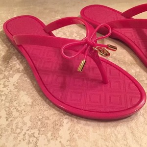 Tory Burch Water-resistant Saucy Pink Sandals