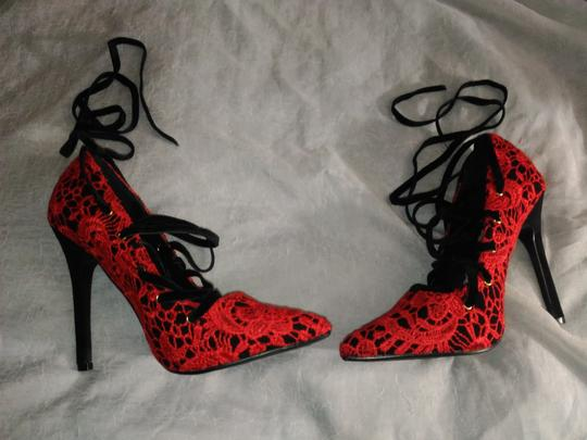 Other RED LACE BLACK VELVET LACE UP Pumps Image 4