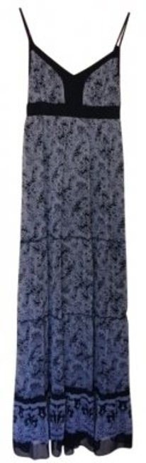 Preload https://item2.tradesy.com/images/guess-black-and-white-long-casual-maxi-dress-size-10-m-16056-0-0.jpg?width=400&height=650