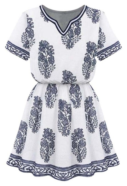 Item - White and Navy Printed Kaftan Above Knee Short Casual Dress Size 0 (XS)