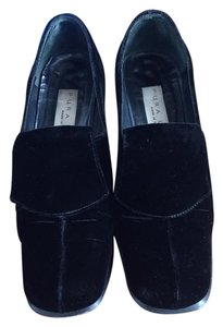 Pura Lopez Suede Black Pumps