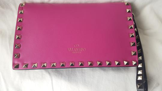 Valentino Small Rockstud Leather Pink and black Clutch Image 2