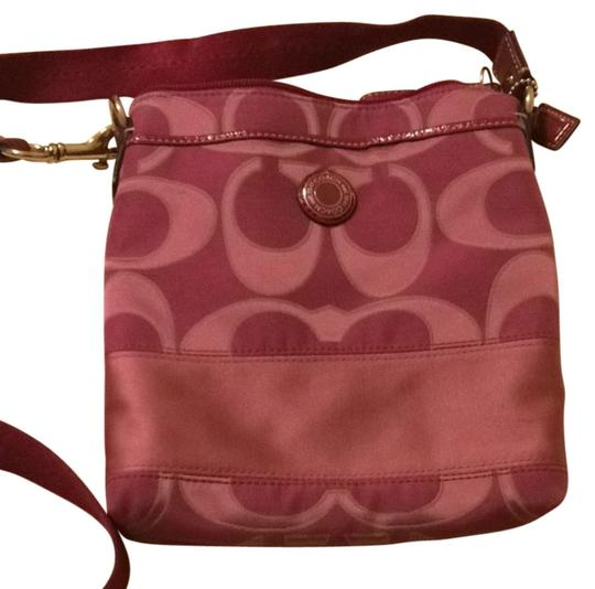 Preload https://img-static.tradesy.com/item/1605775/coach-dark-purplefuschia-cross-body-bag-0-0-540-540.jpg