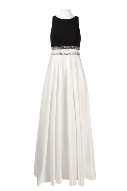 Decode 1.8 Two-piece Pockets Gown Dress Image 4