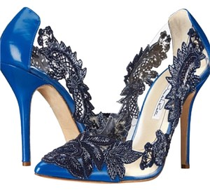 Oscar by Oscar de la Renta Pumps