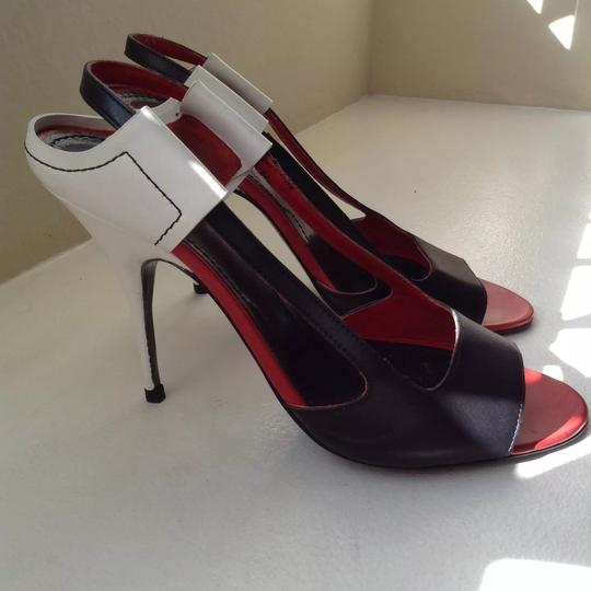 Givenchy Leather Open Toe red, black and white Sandals Image 2