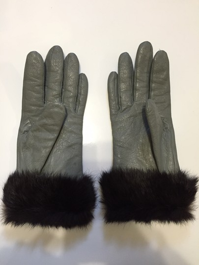 Other Goat Leather and Mink Fur gloves (medium)