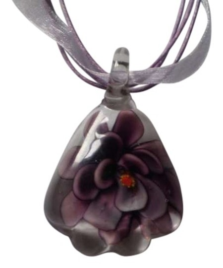 Preload https://item2.tradesy.com/images/new-purple-lampwork-flower-necklace-160606-0-0.jpg?width=440&height=440