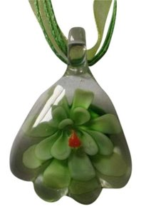 Other New Green lampwork flower necklace