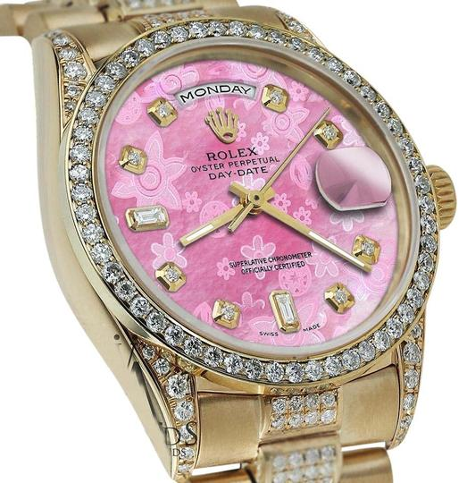 Preload https://img-static.tradesy.com/item/16062538/rolex-presidential-36mm-day-date-pink-dial-diamond-18kt-yellow-gold-watch-0-1-540-540.jpg