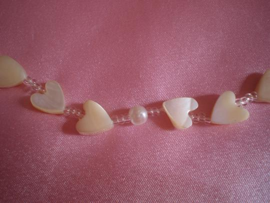 Preload https://img-static.tradesy.com/item/160626/pearly-hearts-necklace-0-0-540-540.jpg