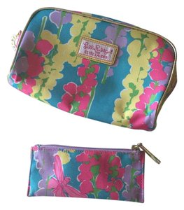 b195c1984acb Lilly Pulitzer Multi Pastels New with Lipstick Holder Cosmetic Bag ...